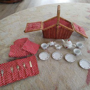 20 PC Schylling Ladybug Porcelain Tea Set Basket
